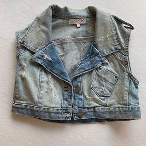 Crop Jean Vest 💙